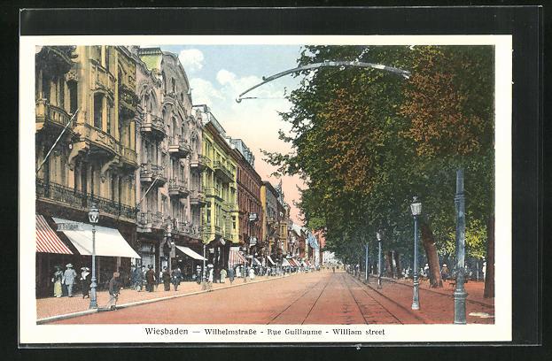 AK Wiesbaden, Wilhelmstrasse mit Geschäften