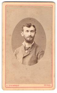 Fotografie E. Steinbach, Epinal, Place des Vosges, Portrait eines jungen Mannes mit Vollbart