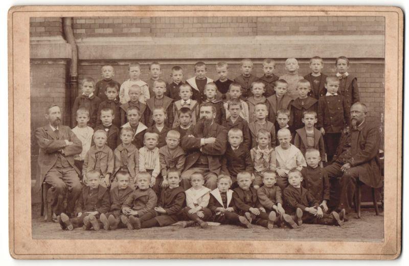 Fotografie John Dahl, Hamburg-St. Pauli, Portrait Lehrer mit Schuljungen
