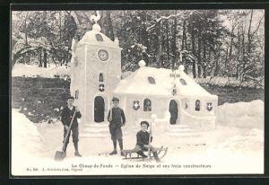 AK La Chaux-de-Fonds, Eglise de Neige et ses trois constructeurs, Eisplastik, Kirche