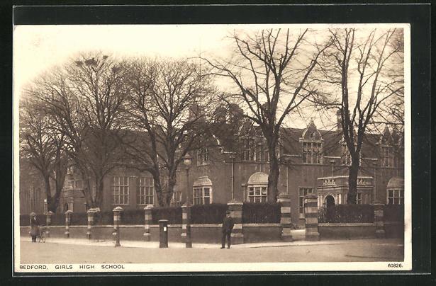 AK Bedford, Girls High School