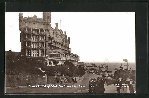 AK Southend-on-Sea, Palace Hotel & Water