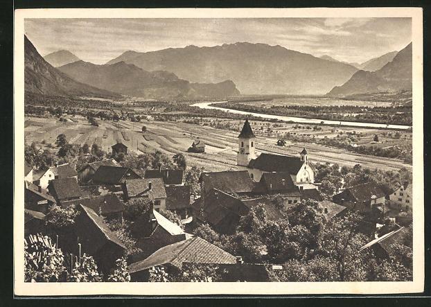 AK Liechtenstein, Blick auf das Rheintal mit den Graubündner Bergen
