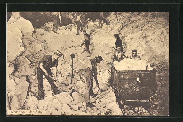 AK Salzbergwerk mit Arbeitern und Lore