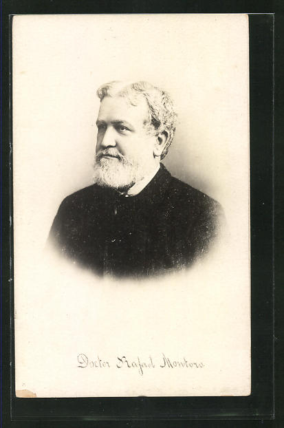 AK Doctor Rafael Montoro im Portrait