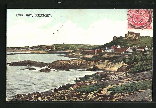 AK Cobo Bay / Guernsey, Blick auf den Küstenort