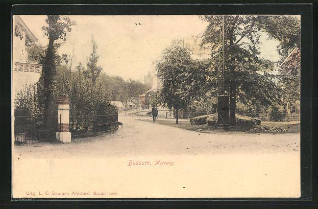 AK Bussum, Meerweg, Strassenpartie im Ort
