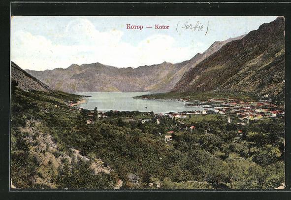 AK Kotor / Cattaro, Totalansicht mit Gebirge und See