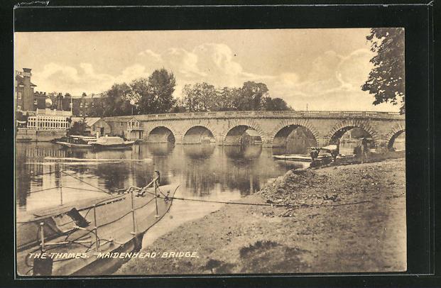 AK Maidenhead, The Thames, Maidenhead Bridge