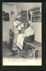 AK Arabischer Friseur frisiert einen Kunden