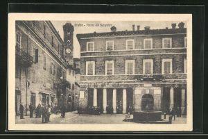 AK Urbino, Brunnen auf der Pizza XX Settembre