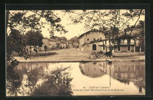 AK Tartas, Place du Foyer Municipal vue de la Midouze