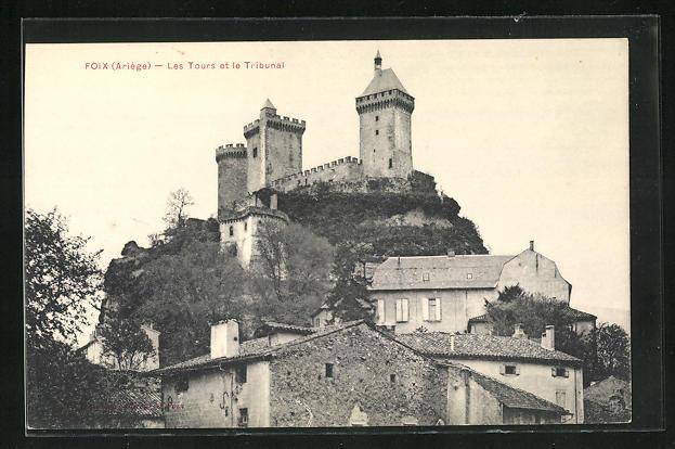 AK Foix, Les Tours et le Tribunal