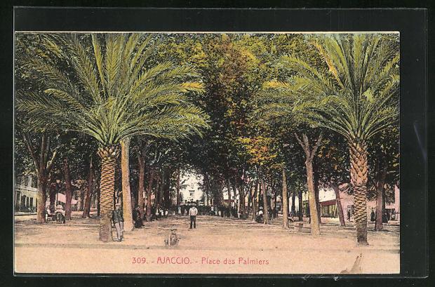 AK Ajaccio, Personnes sur la Place des Palmiers