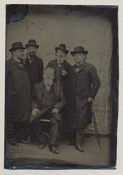 Fotografie Ferrotypie betagte Edelmänner mit Vollbart und Hut