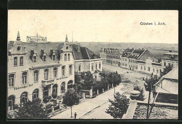 AK Güsten i. Anh., Strassenpartie am Hotel Thüringer Hof 0