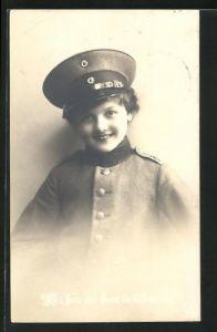 AK Mit Herz und Hand für`s Vaterland, Kleiner Soldat in Uniform