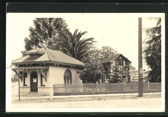 AK Santa Rosa, CA, Editorial Rooms and old Home of Luther Burbank