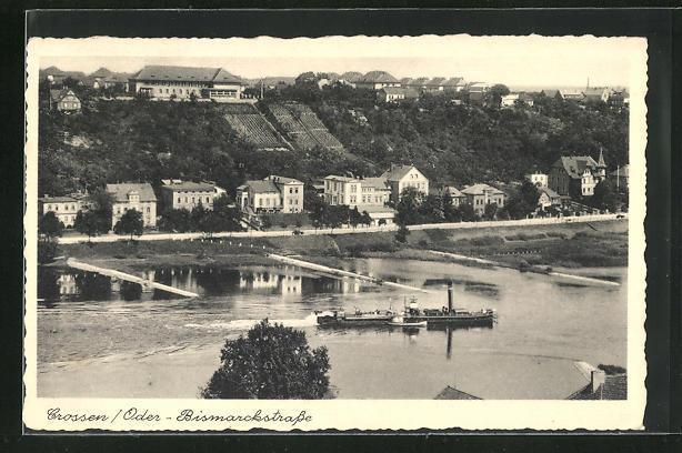 AK Crossen / Krosno Odrz, Panoramablick mit Bismarckstrasse