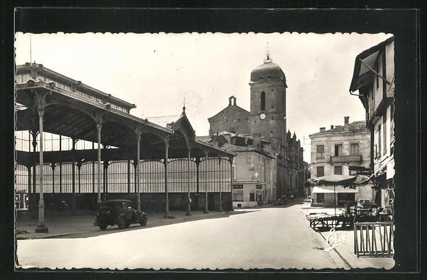 AK Marmande, Le Marché et l`Eglise Notre-Dame
