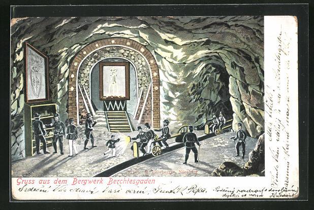 AK Bergwerk Berchtesgaden, Bergarbeiter mit Lore im Stollen
