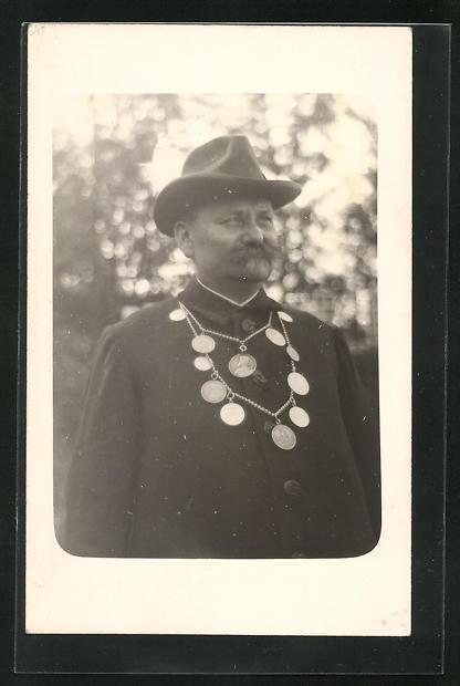 Foto-AK Schützenkönig mit Königskette
