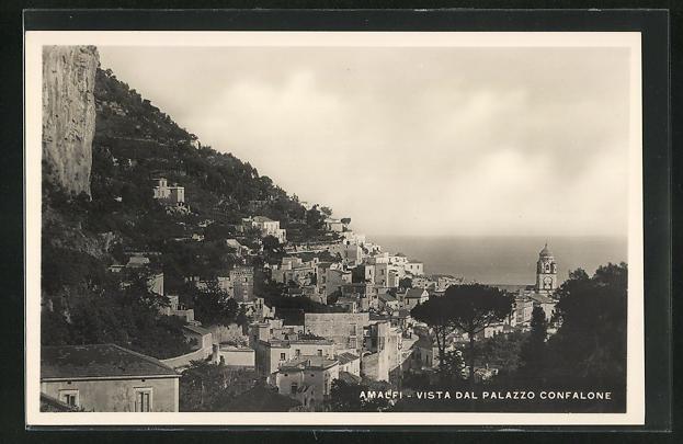 AK Amalfi, Vista dal Palazzo Confalone
