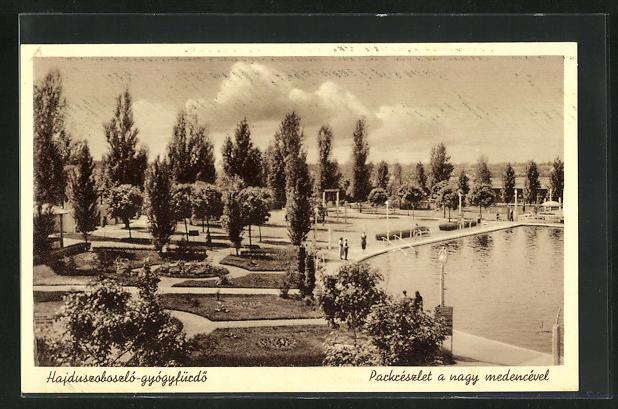AK Hajduszoboszló-gyógyfürdö, Parkreszlet a nagy medencével