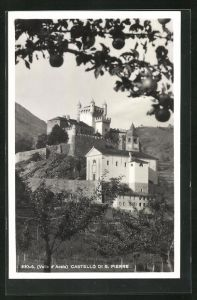 AK S. Pierre, Castello