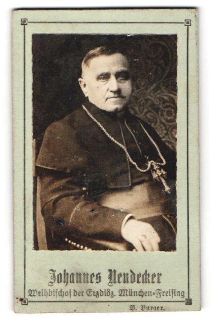 Fotografie B. Burger, Portrait Johannes Neudecker, Weihbischof der Erzdiöz. München-Freising