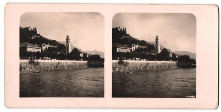 Stereo-Fotografie Ansicht Lago Maggiore, Ortschaft mit Kirche