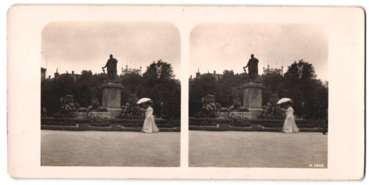 Stereo-Fotografie Ansicht Stockholm, Kungsträdgarden med Carl XIIIs staty, Denkmal