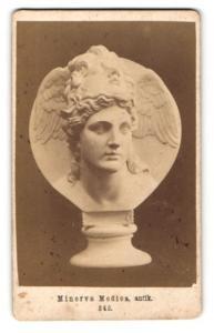 Fotografie antike Büste der Minerva Medica