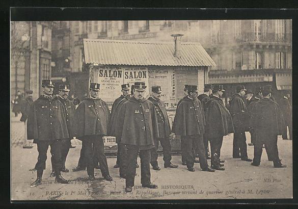 AK Paris, Arbeiter-Unruhen 1. Mai 1906, Place de la République