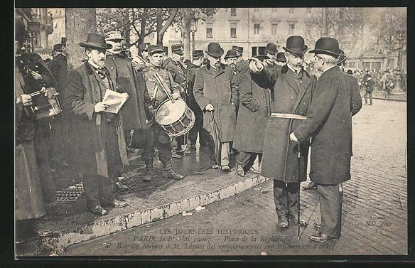 AK Paris, Arbeiter-Unruhen 1. Mai 1906, M. Bouvier auf der Place de la République