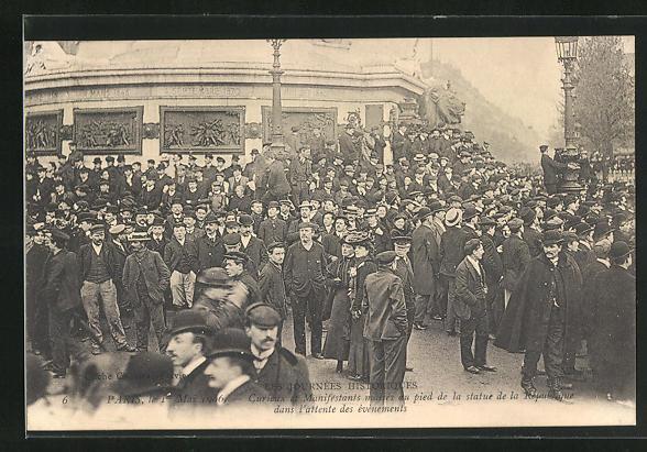 AK Paris, Arbeiter-Unruhen 1. Mai 1906, Versammlung auf der Place de la République