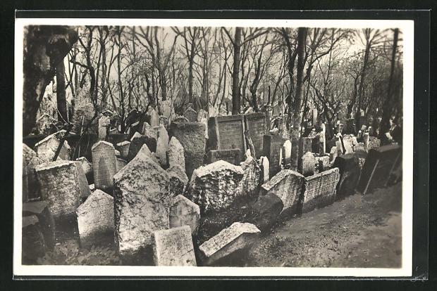 AK Prag, Grabmal-Gruppe am alten jüdischen Friedhof