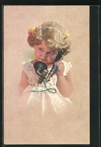 AK Blondes Mädchen hält einen Telefonhörer in der Hand