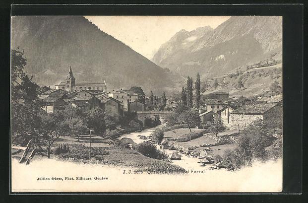 AK Orsieres, Panoramablick mit Gebirge und Flussbrücke