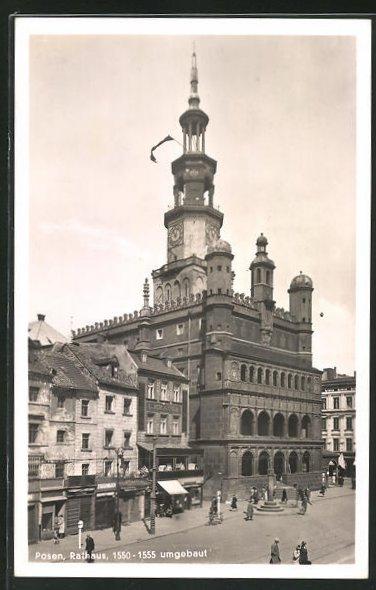 AK Posen / Poznan, Strassenpartie am Rathaus