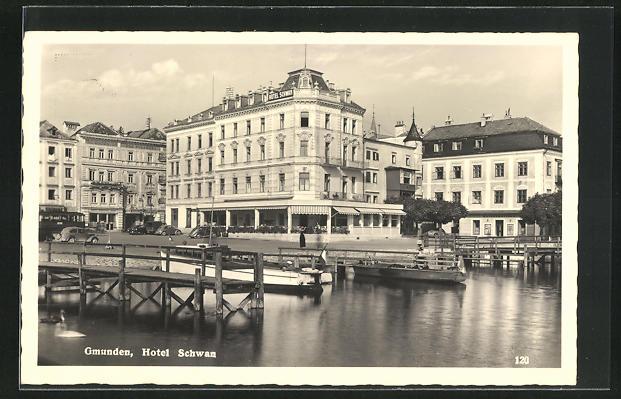 AK Gmunden, Uferpartie am Hotel Schwan