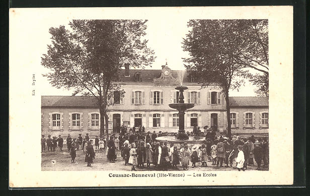 AK Coussac-Bonneval, Les Ecoles