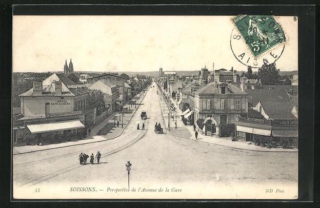 AK Soissons, Perspective de l'Avenue de la Gare