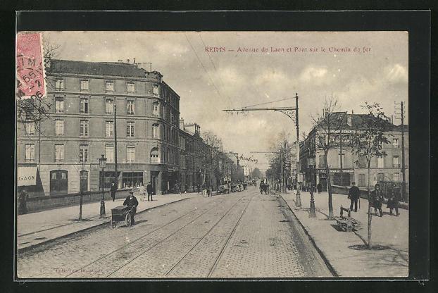 AK Reims, Avenue de Laon et Pont sur le Chemin de fer