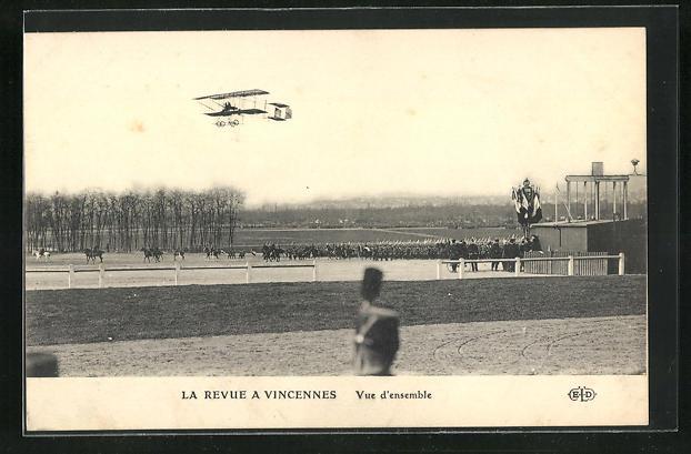 AK Vincennes, La Revue, Aeroplane, Vue d`ensemble