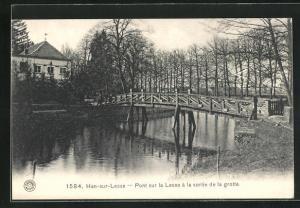 AK Han-sur-Lesse, Pont sur la Lesse a la sortie de la grotte