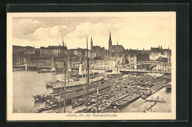 AK Stettin, Ankernde Schiffe an der Bahnhofsbrücke