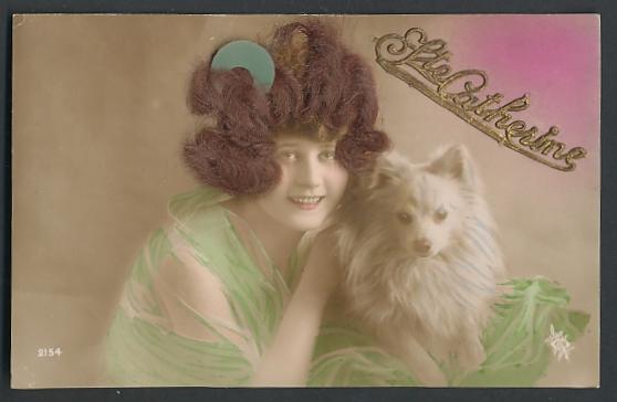 Echt-Haar-AK Ste. Catherine, Brünette Schönheit mit weissem Spitz