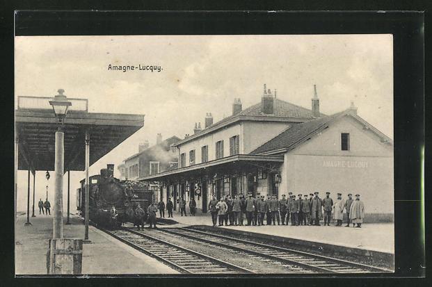 AK Amagne-Lucouy, Soldaten am Bahnhof