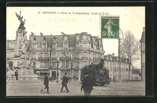 AK Soissons, Place de la République, Kleinbahn